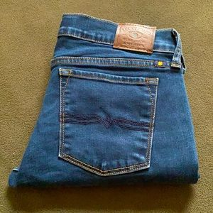 2/$35 Lucky Brand Ankle Jeans